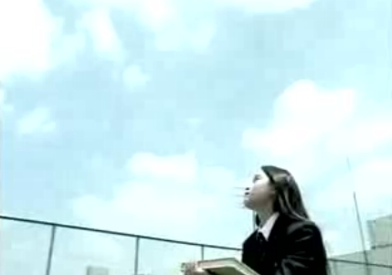 人生の素敵なことは、大体最後のほうに起こる。「屋上の少女」.JPG