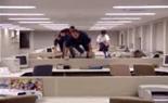 オフィス内おバカさん_1.jpg