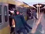 日本の満員電車はどう考えてもおかしい.jpg